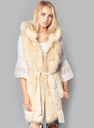 SLEEVELESS HOODED FAUX FUR JACKET
