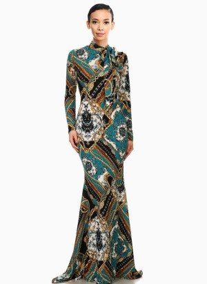 Chain link Baroque Print Mermaid Maxi Dress