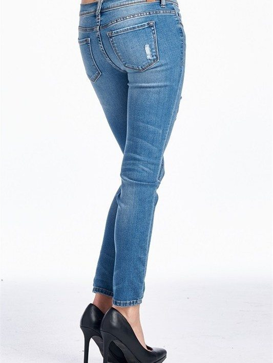 Medium Washed Boyfriend Jeans